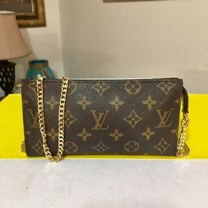 Louis Vuitton Monogrm Bucket Pouch GM Shoulder Bag